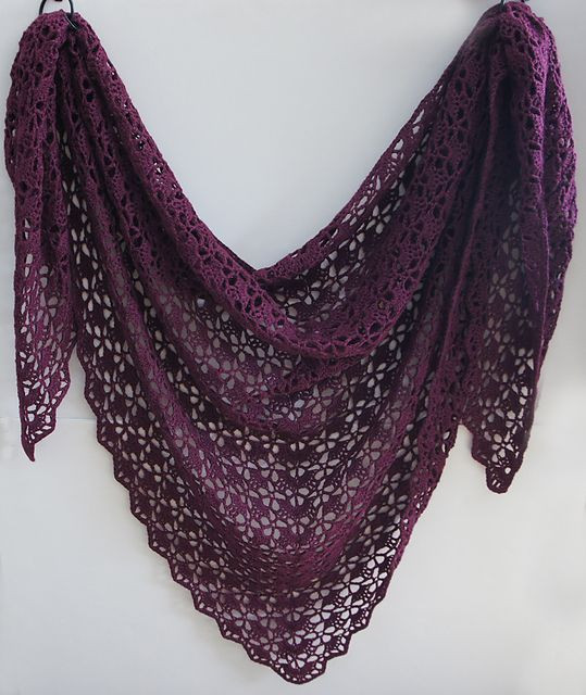 In this color FREE Ravelry tearaleaf s Mahogany shawl
