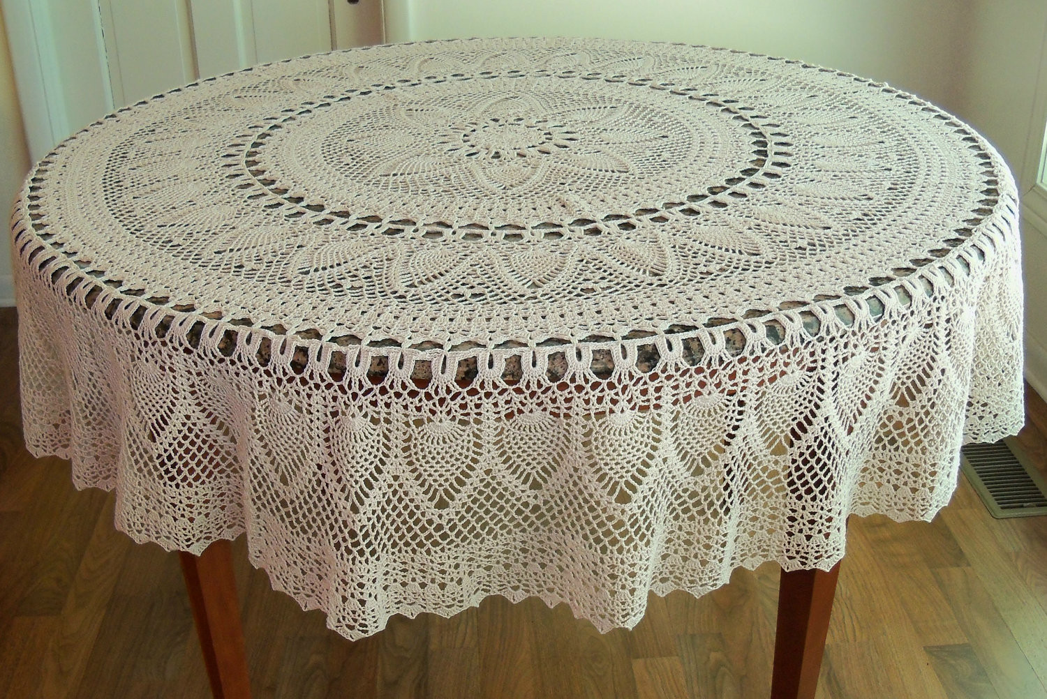 Free Crochet Tablecloth Patterns Awesome Decor Lovely Lace Tablecloths for Dining Table Decoration Of Contemporary 40 Pics Free Crochet Tablecloth Patterns