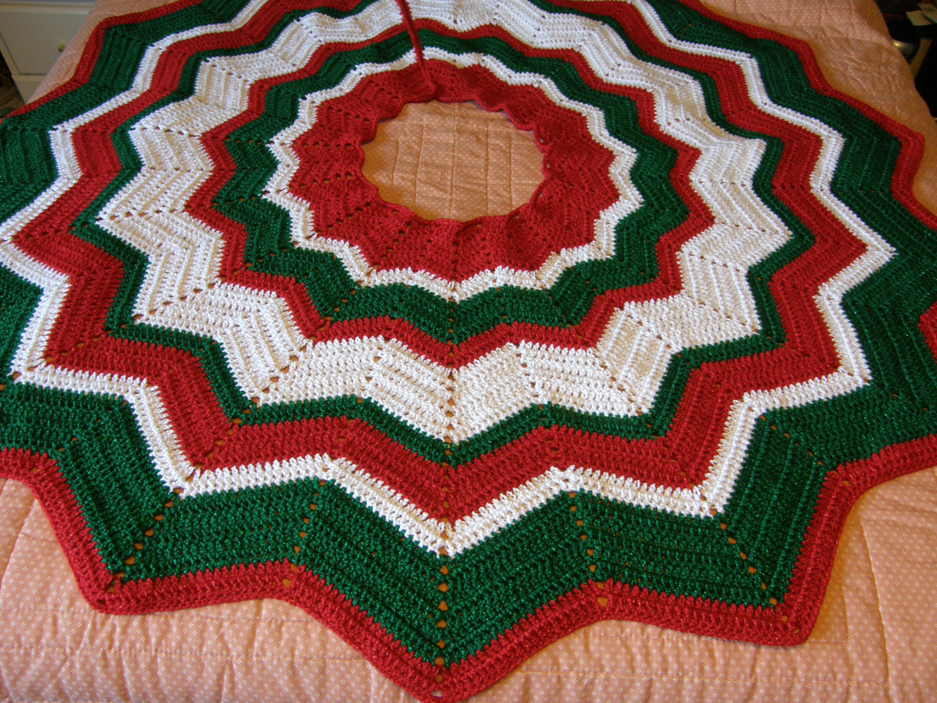 Crocheted Tree Skirt