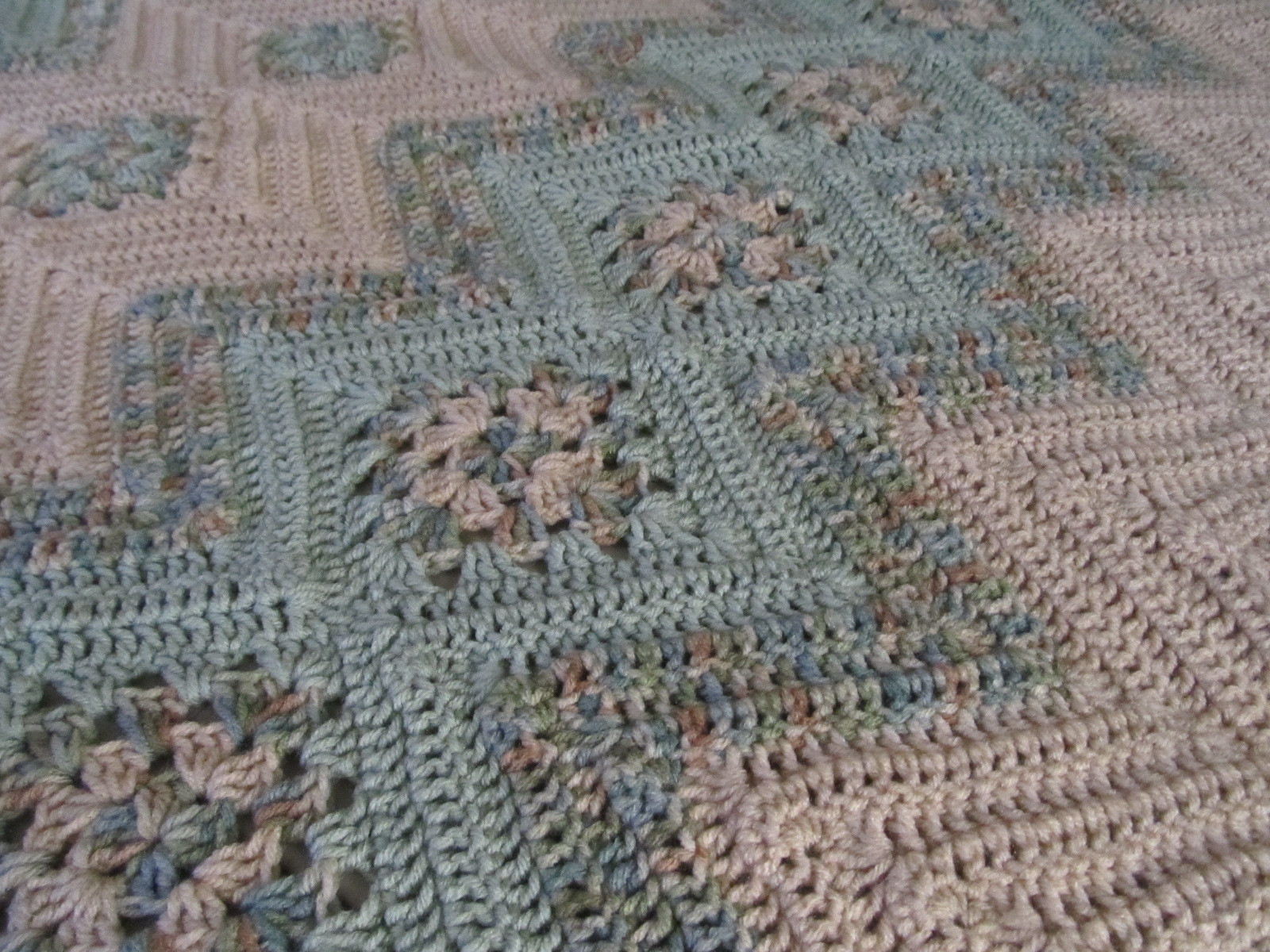 Free Granny Square Afghan Patterns Lovely Grannies & Ripples Crochet Afghan [free Pattern] Of Amazing 46 Pictures Free Granny Square Afghan Patterns