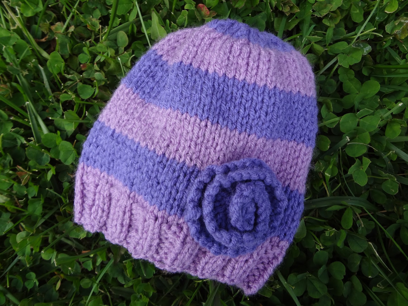 Fiber Flux Free Knitting Pattern Very Violet Newborn Hat