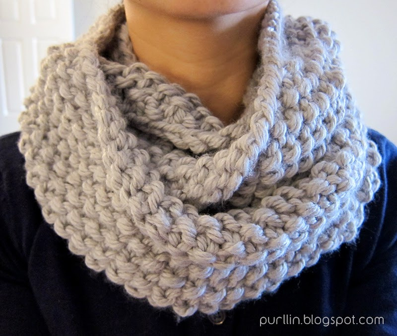 Purllin December Seed Stitch Infinity Circle Scarf [ free