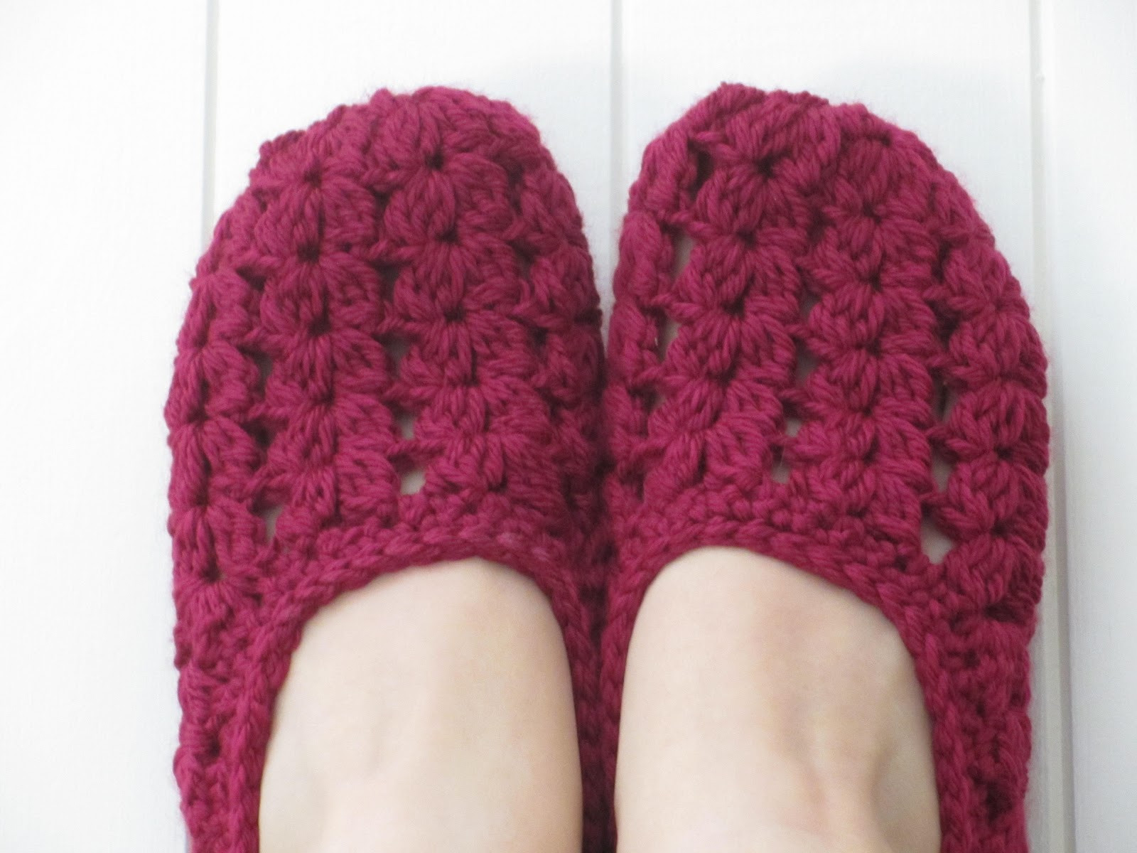 Jay s Boutique Blog FREE PATTERN Seaspray Slippers plus