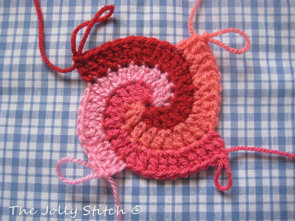011 Red Spiral Crocheted Cushion