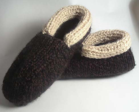 Fresh 16 Free Knitted Slipper Patterns Knit Slippers for Mens Knitted Slippers Of Incredible 44 Pictures Mens Knitted Slippers