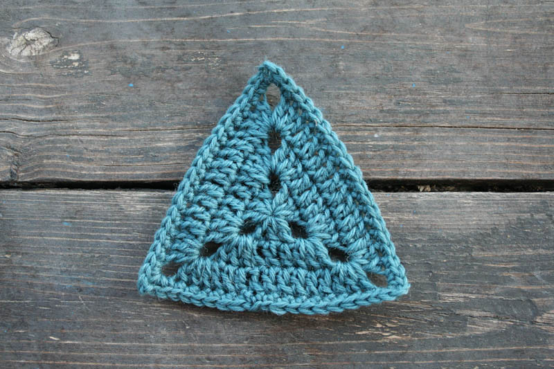 Fresh 2014 Project July Triangles Aurelia S Little Room Crochet Triangles Of Charming 42 Images Crochet Triangles