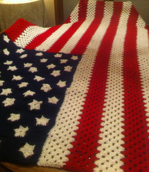 a crocheted flag for the 4th