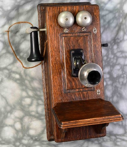 Antique Western Electric pany Hand Crank Wall Mounted