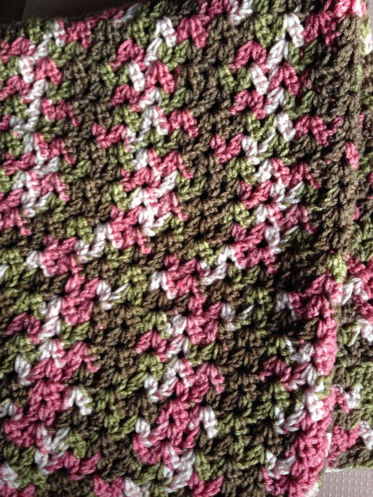 "Fresh Baby Blanket Crochet In ""v Cluster"" Pattern the Color Pink Camouflage Yarn Of Charming 42 Pics Pink Camouflage Yarn"
