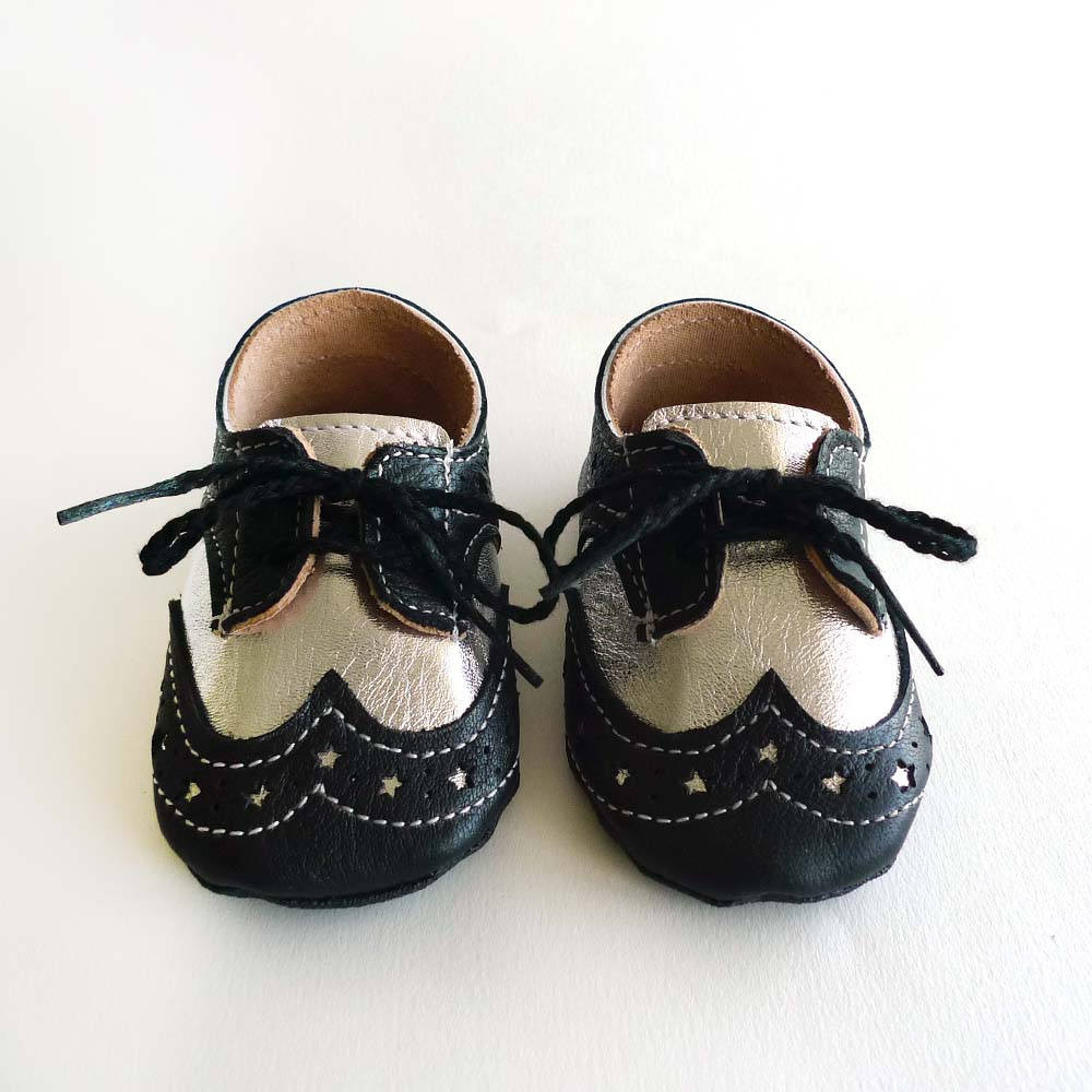 Fresh Baby Boy or Girl Shoes Black and Silver Leather soft sole Leather sole Slippers Of Fresh 46 Models Leather sole Slippers