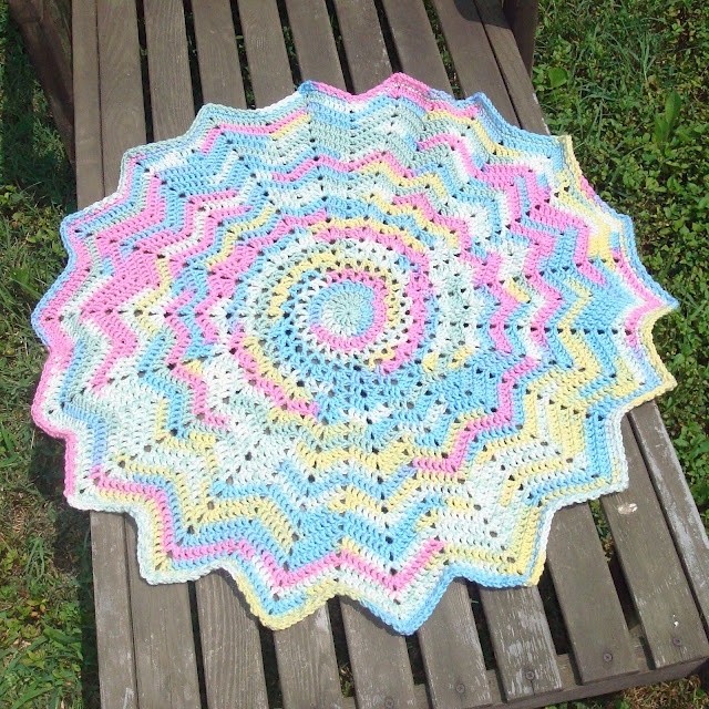 Fresh Best 25 Crochet Round Ideas On Pinterest Crochet Round Baby Blanket Of Lovely New Hand Crochet Round Lacy Pink & White Baby Afghan Crochet Round Baby Blanket