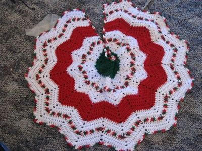 Fresh Crochet Christmas Tree Skirt Patterns – Happy Holidays Crochet Tree Skirt Of Innovative 45 Ideas Crochet Tree Skirt