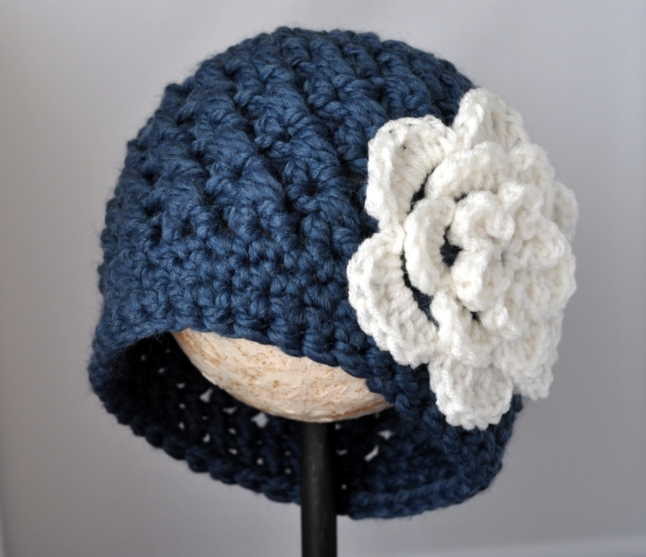 Fresh Crochet Chunky Flowered Cloche Pattern Chunky Crochet Hat Of Awesome 45 Models Chunky Crochet Hat
