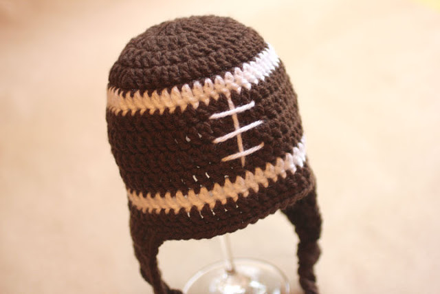 Fresh Crochet Football Earflap Hat Pattern Repeat Crafter Me Crochet Football Helmets Of Lovely 48 Pics Crochet Football Helmets