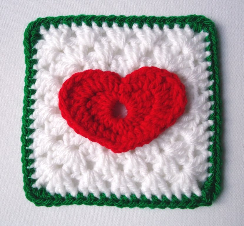 CROCHET PATTERN FOR CHRISTMAS STOCKING GRANNY SQUARES