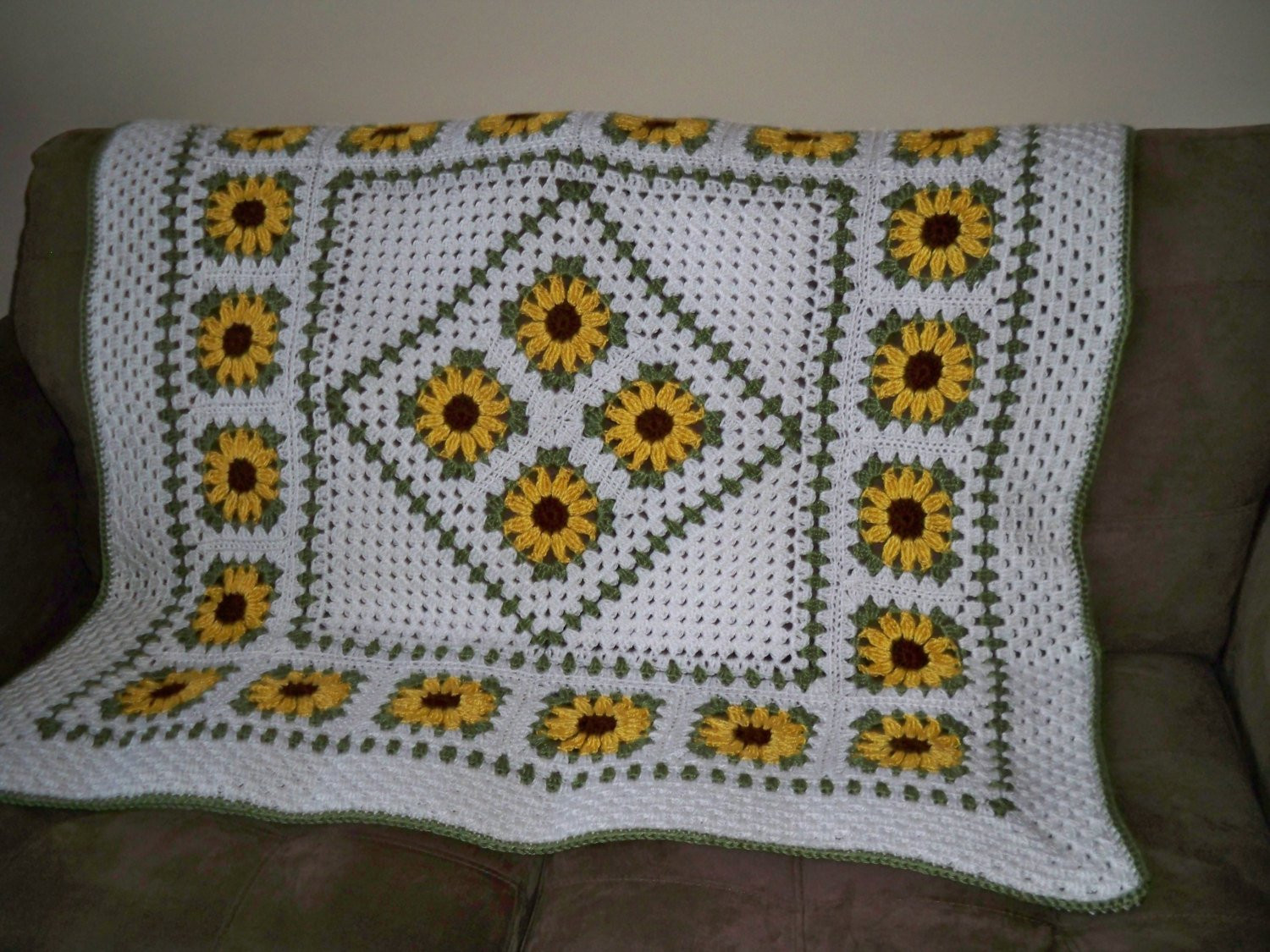 Fresh Crochet Pattern Sunflower Lapghan Sunflower Crochet Blanket Of Elegant Hand Crocheted Sunflower Granny Square Blanket Afghan Throw Sunflower Crochet Blanket