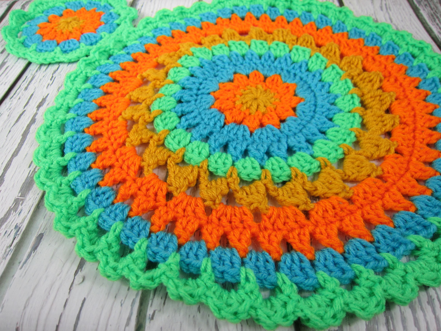 Crochet round placemats crochet round coasters table