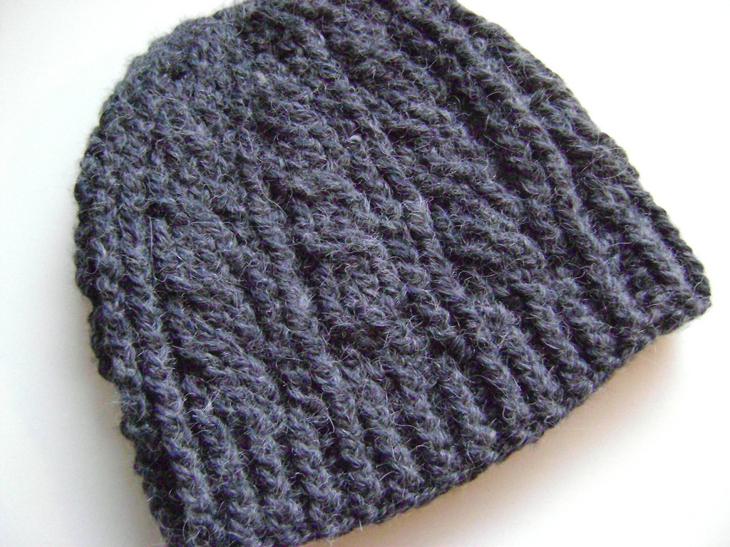 Fresh Cyber Monday Free Patterns to Fill Your T List Cable Hat Pattern Of New 40 Models Cable Hat Pattern