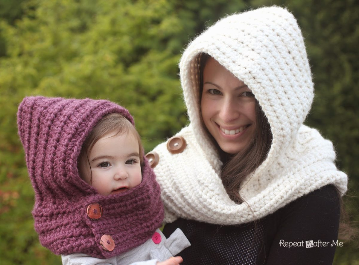 hooded crochet cowl with lion brand