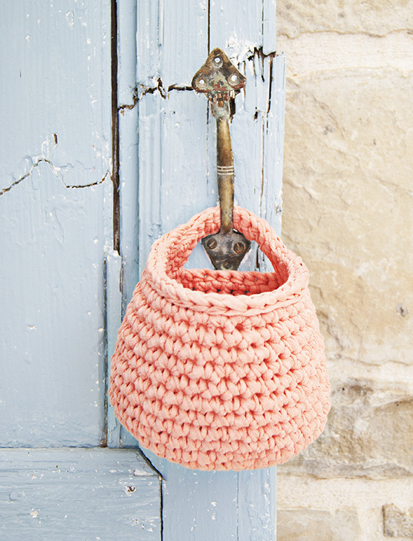 Fresh organize Your Life with these Pretty Crochet Baskets Crochet Hanging Basket Of Awesome 47 Photos Crochet Hanging Basket