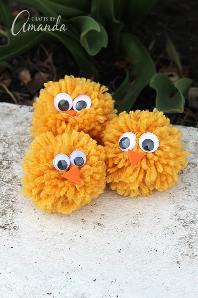 Pom Pom Chicks made from yarn and your fingers