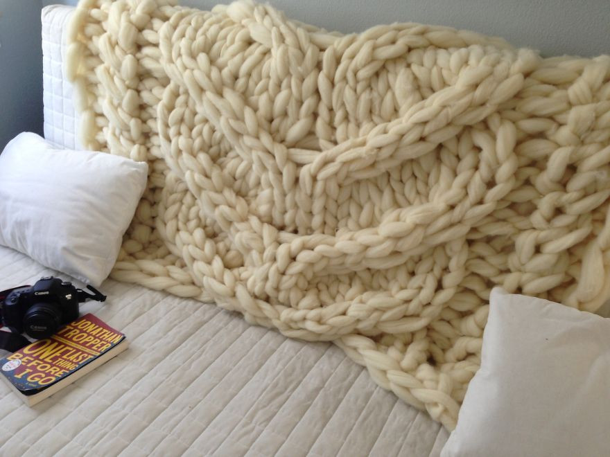 Giant Yarn Blanket Inspirational No I'm Not Thumbelina I Just Knit with Giant Needles and Of Unique 44 Images Giant Yarn Blanket
