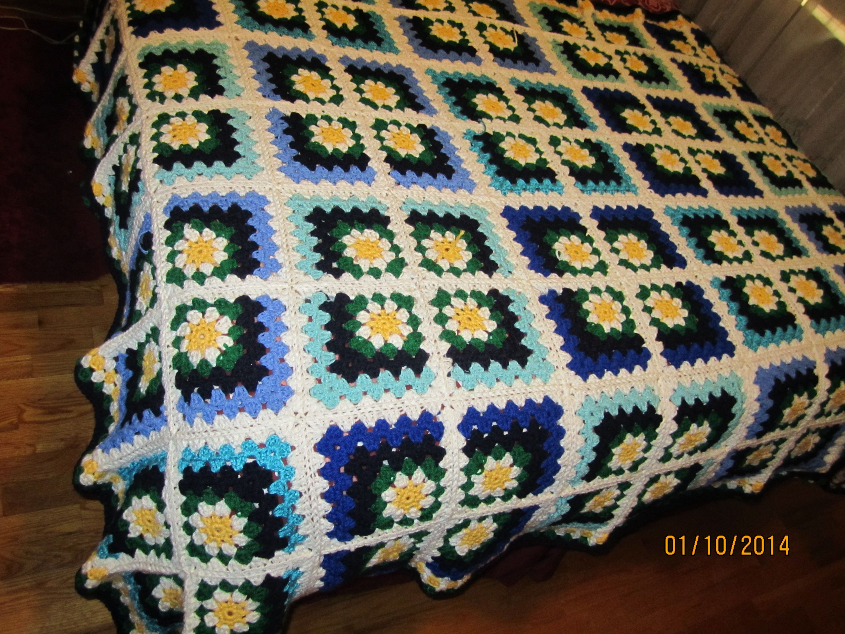 Granny Square Afghan Fresh Daisy Mitered Granny Square Afghan Of Adorable 50 Pics Granny Square Afghan