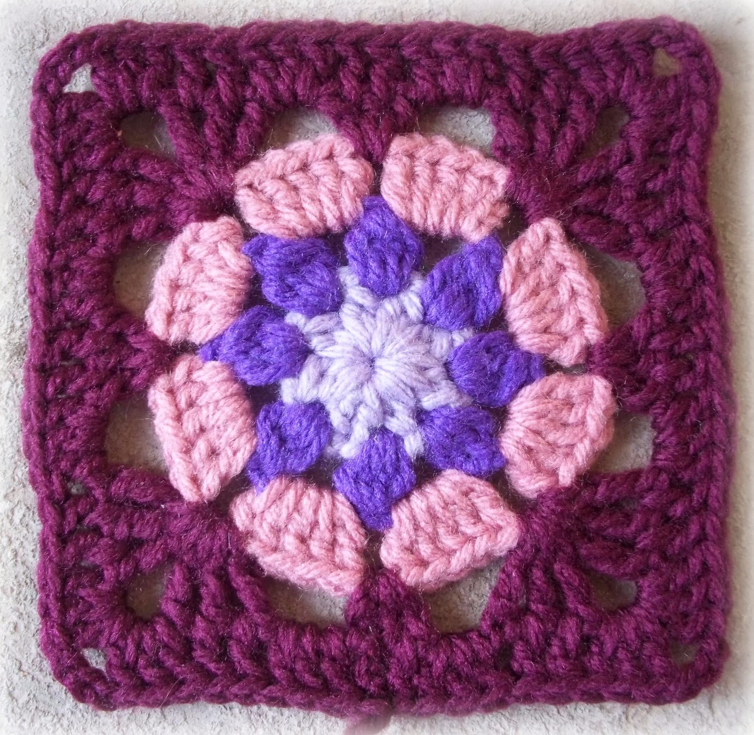 Granny Square Inspirational Zooty Owl S Crafty Blog Eight Petal Granny Square Pattern Of Gorgeous 45 Photos Granny Square