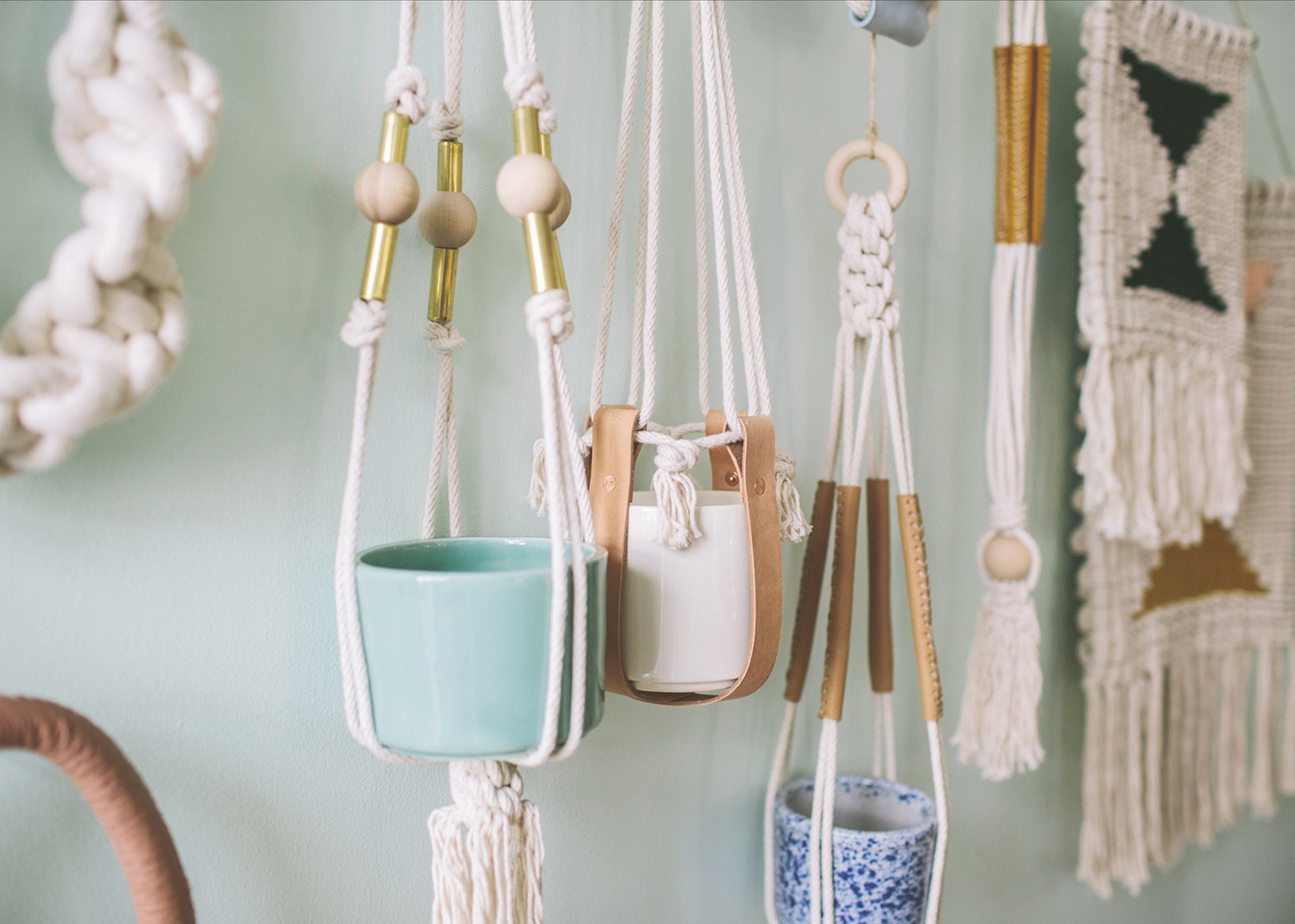 Hanging Plant Holders Beautiful Cool Macrame Plant Hanger Ideas for Your Sweet Home Of Wonderful 48 Ideas Hanging Plant Holders