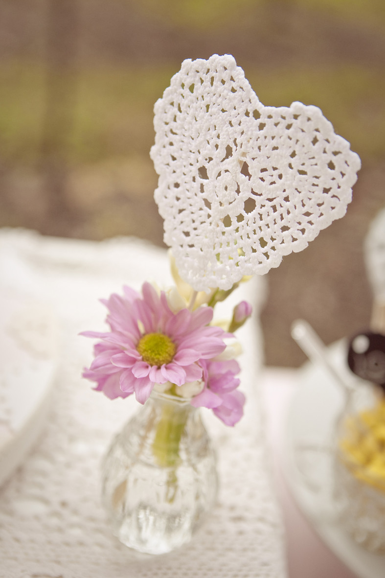 Heart Doilies Unique A Doily Day Modern Wedding Of Marvelous 46 Photos Heart Doilies
