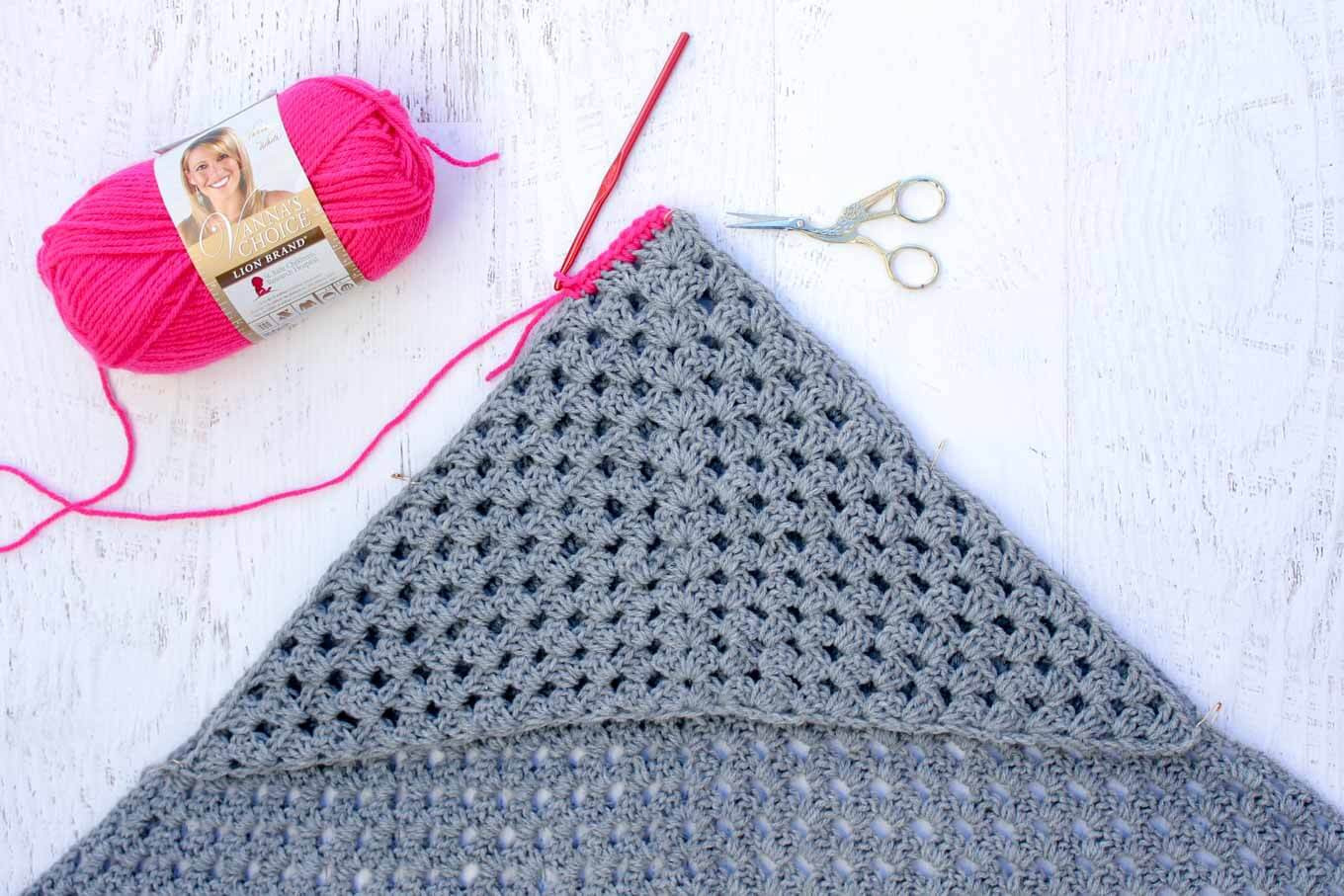 Hooded Baby Blanket Best Of Modern Crochet Hooded Baby Blanket Free Pattern for Charity Of Contemporary 45 Ideas Hooded Baby Blanket
