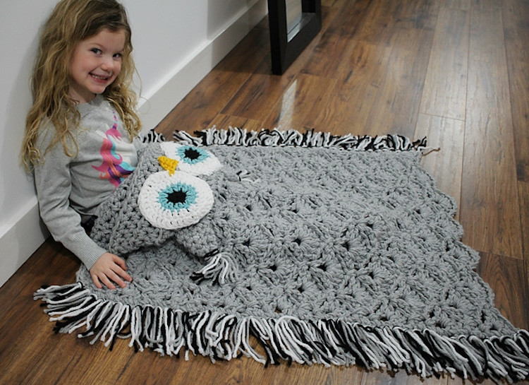 Hooded Blanket Pattern Fresh Diy Owl Blanket Will Turn You Into A Cozy Bird On the Couch Of Marvelous 46 Pics Hooded Blanket Pattern
