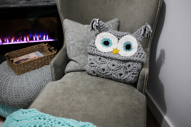Hooded Owl Blanket Best Of This Hooded Owl Blanket is Super Cute – Crochet Pattern Of New 47 Images Hooded Owl Blanket