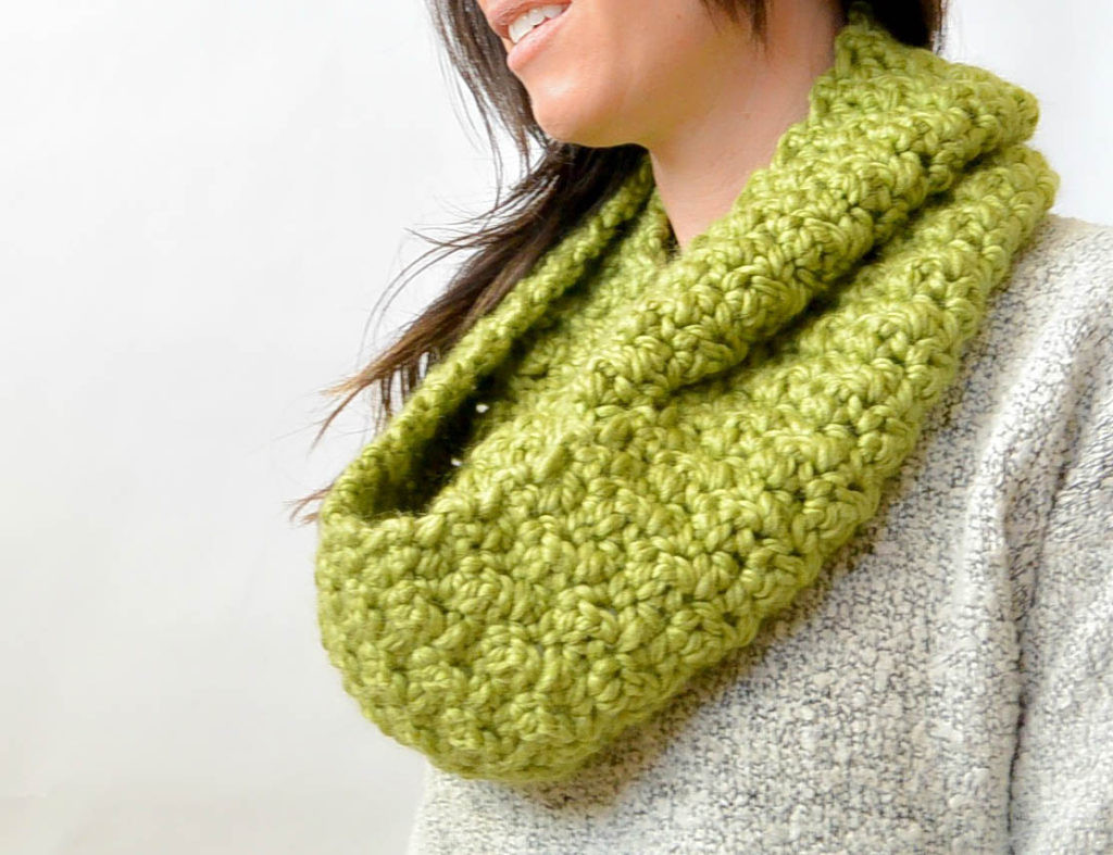 Infinity Scarf Crochet New Chunky Squishy Crochet Infinity Scarf Pattern – Mama In A Of Innovative 44 Images Infinity Scarf Crochet