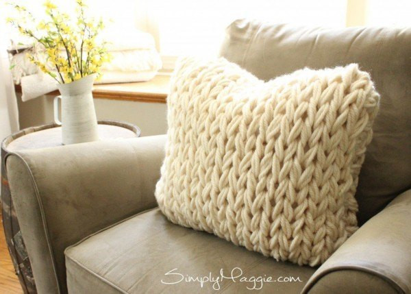 Inspirational 18 Cozy & Stylish Arm Knitting Projects Anyone Can Make Knit Pillow Cover Pattern Of Amazing 45 Pics Knit Pillow Cover Pattern