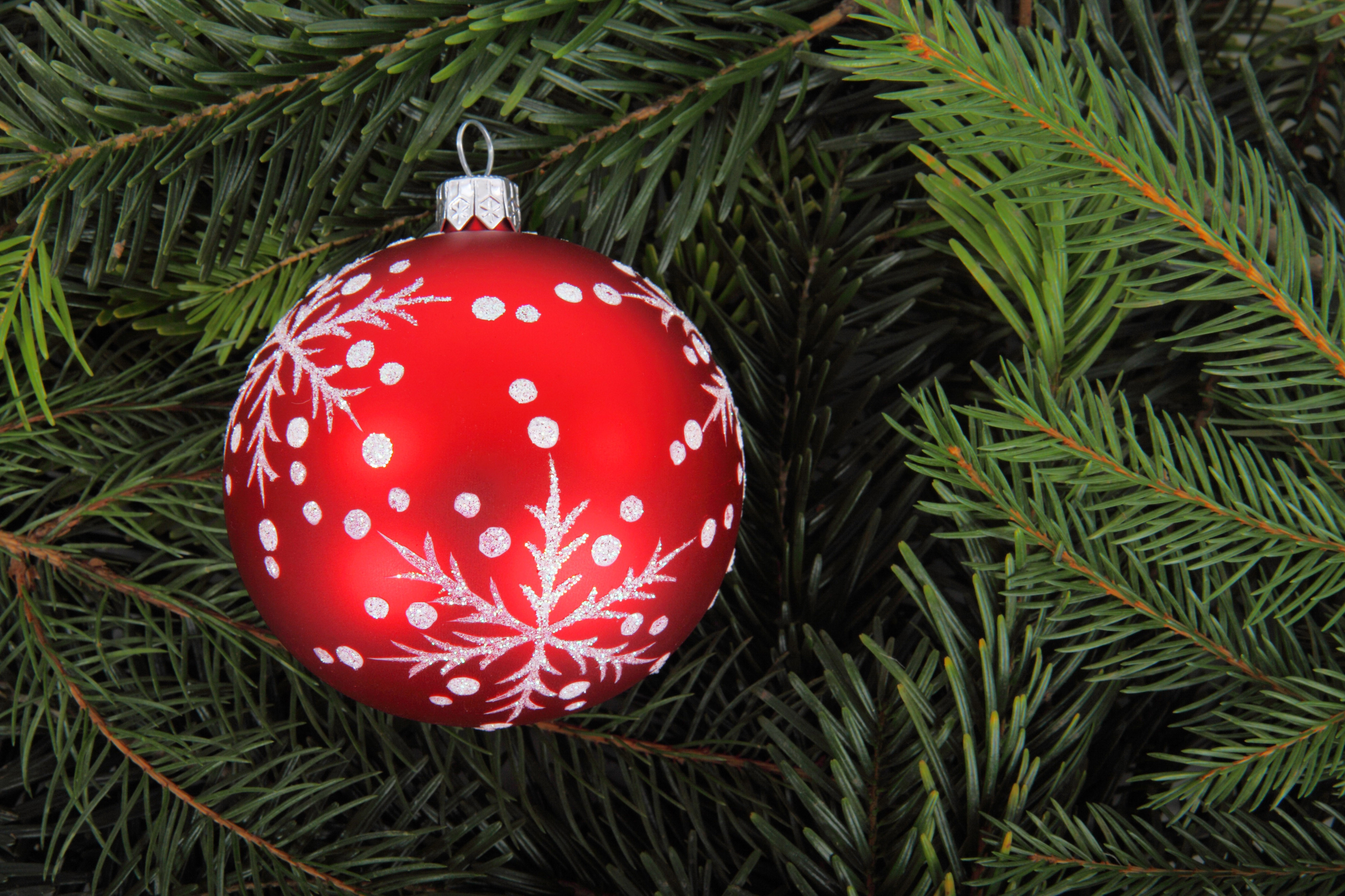 Inspirational 20 Great Ball or Bauble themed Free Christmas Wallpaper or Christmas Tree Balls Of Wonderful 50 Pictures Christmas Tree Balls