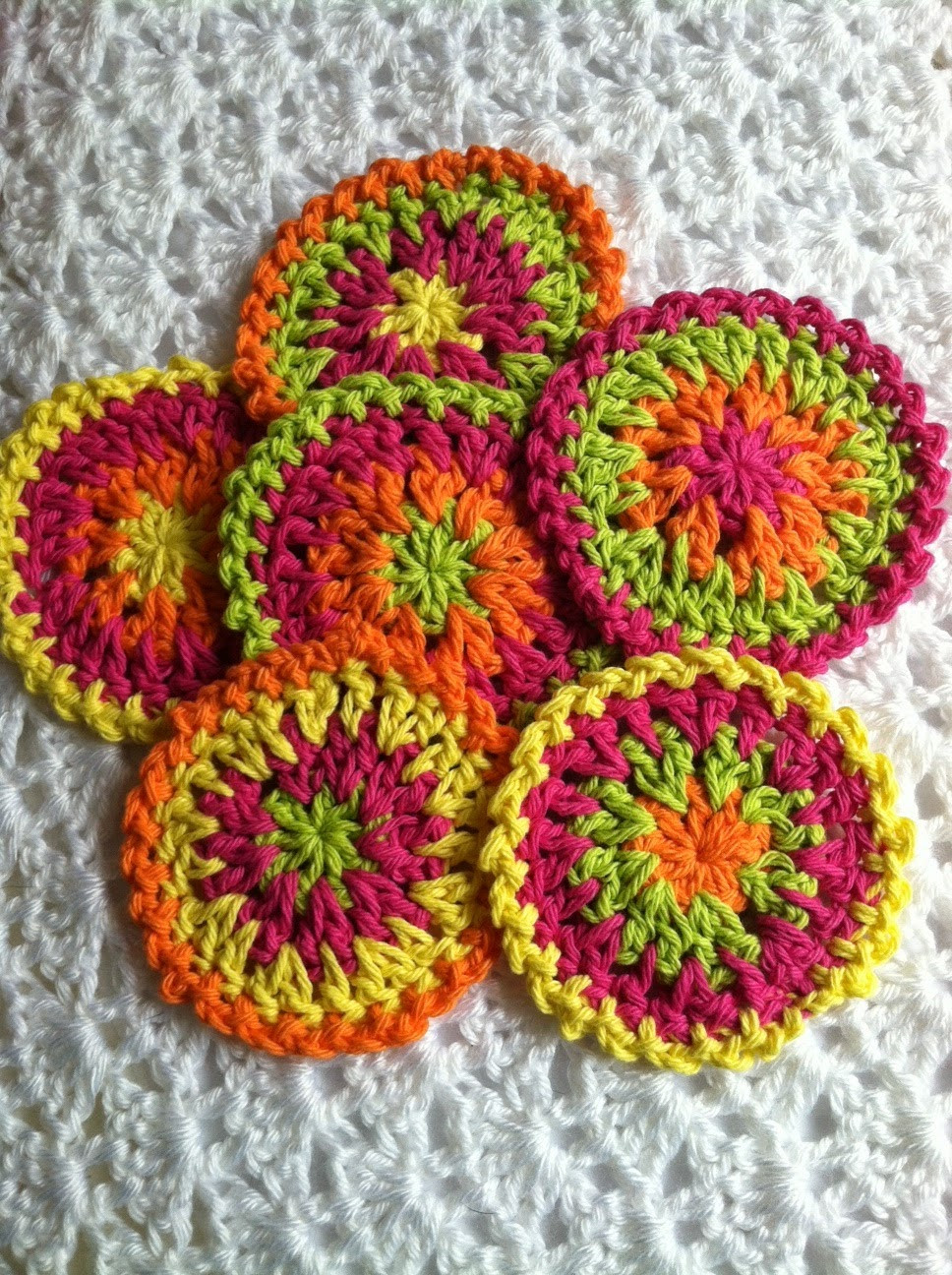 21 Easy Crochet Coaster Patterns
