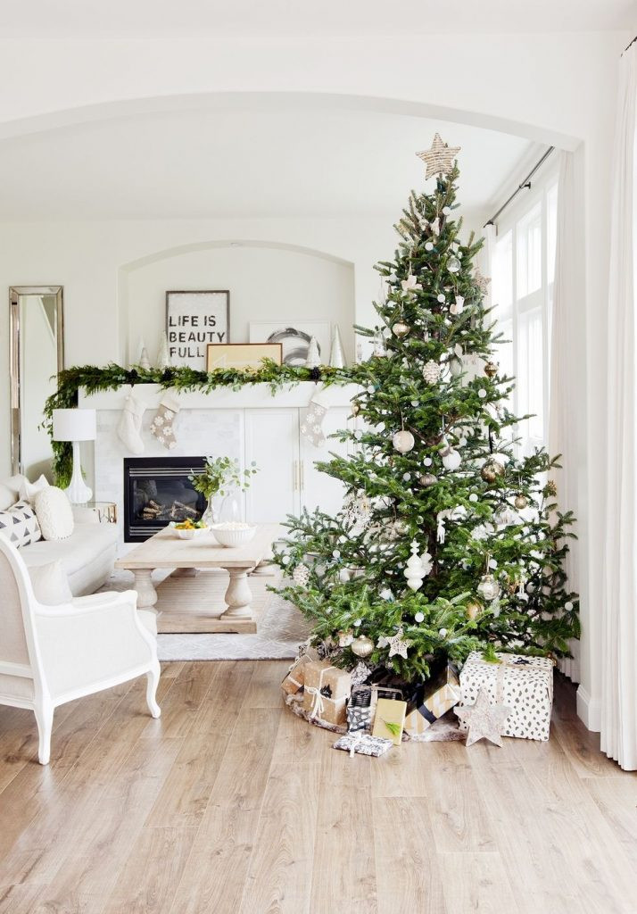 Inspirational Christmas Decor Trends 2018 Christmas Celebration Christmas Tree and Decorations Of Delightful 50 Pictures Christmas Tree and Decorations