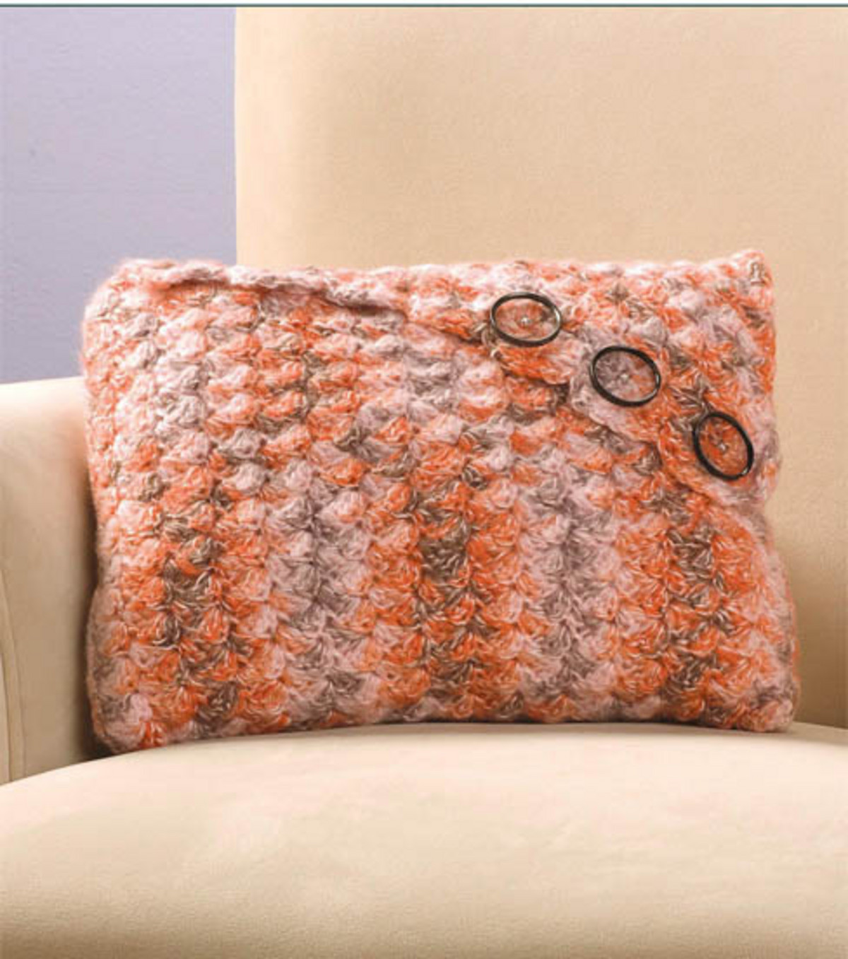 Craftdrawer Crafts Easy to Crochet Envelope Pillow
