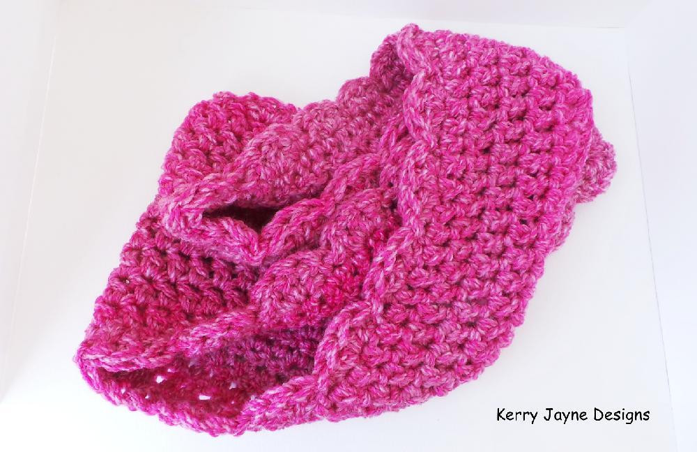 Inspirational Crochet Cowl Infinity Scarf Infinity Cowl Crochet Pattern Of New 32 Super Easy Crochet Infinity Scarf Ideas Infinity Cowl Crochet Pattern