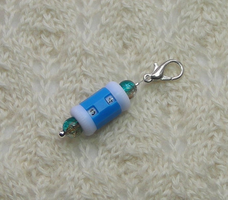 Crochet Knitting Row Counter Stitch Marker blue with blue