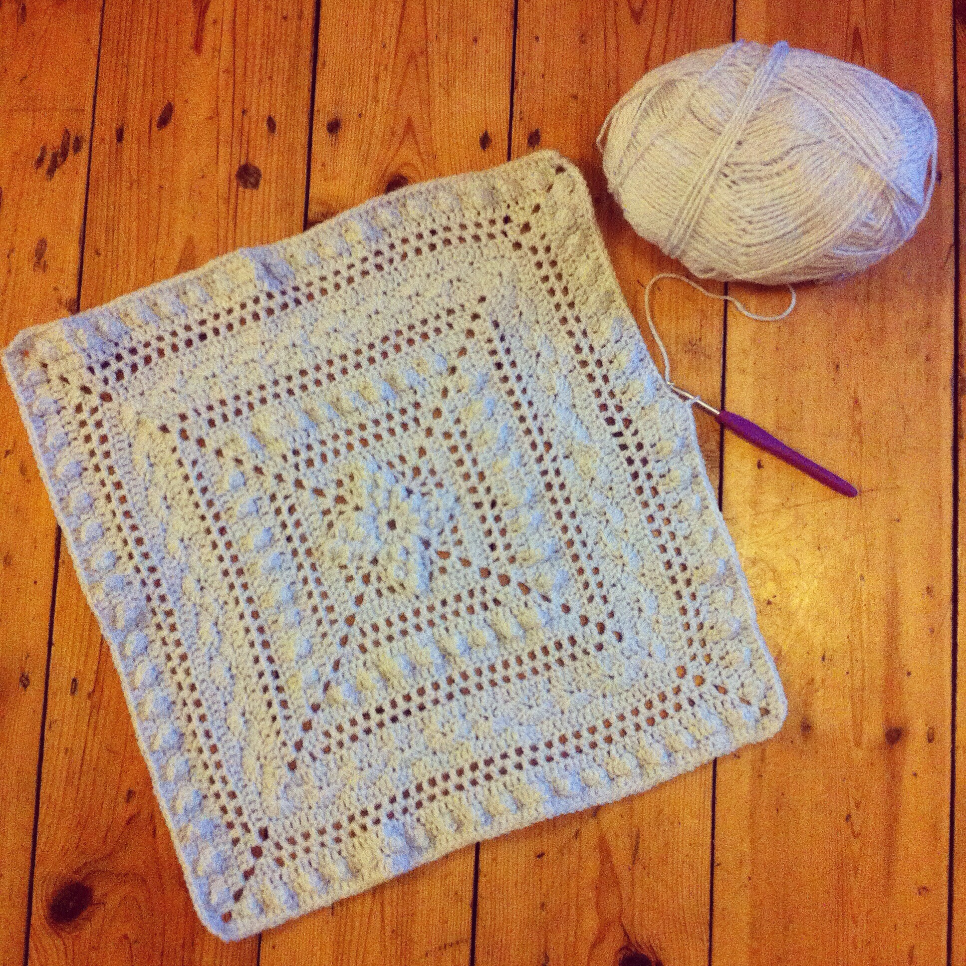 Crochet Lace Baby Blanket – hollypips