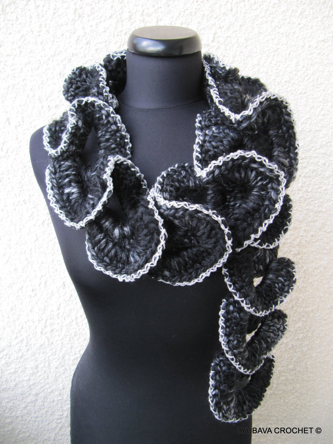 Inspirational Crochet Scarf Pattern Chunky Crochet Ruffle Scarf Pattern Crochet Ruffle Scarf Of Lovely 24 Best Images About Crochet Ruffle Scarf On Pinterest Crochet Ruffle Scarf