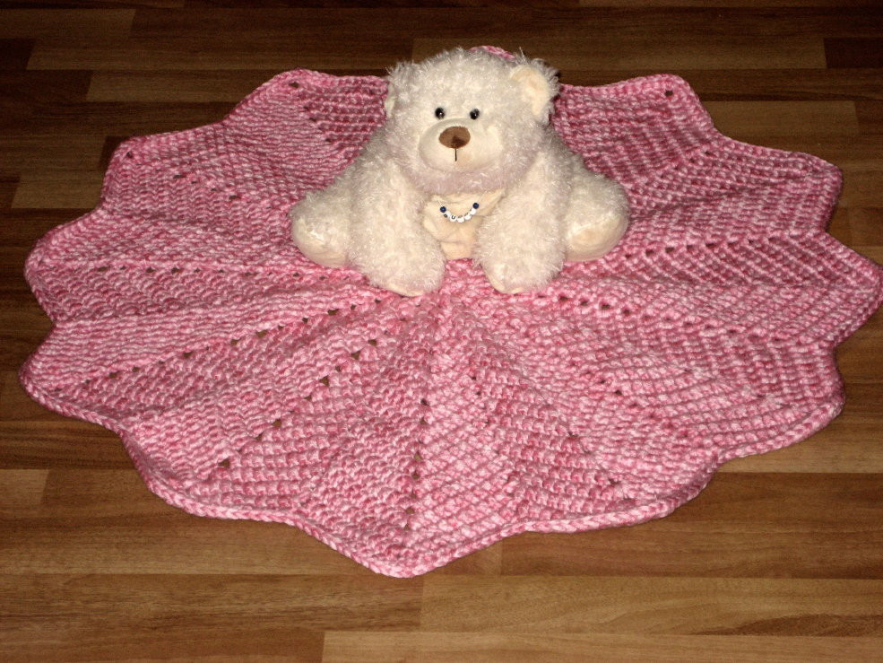 Inspirational Cthulhu Crochet and Cousins Pretty In Pink Round Ripple Round Afghan Crochet Pattern Of Great 44 Photos Round Afghan Crochet Pattern