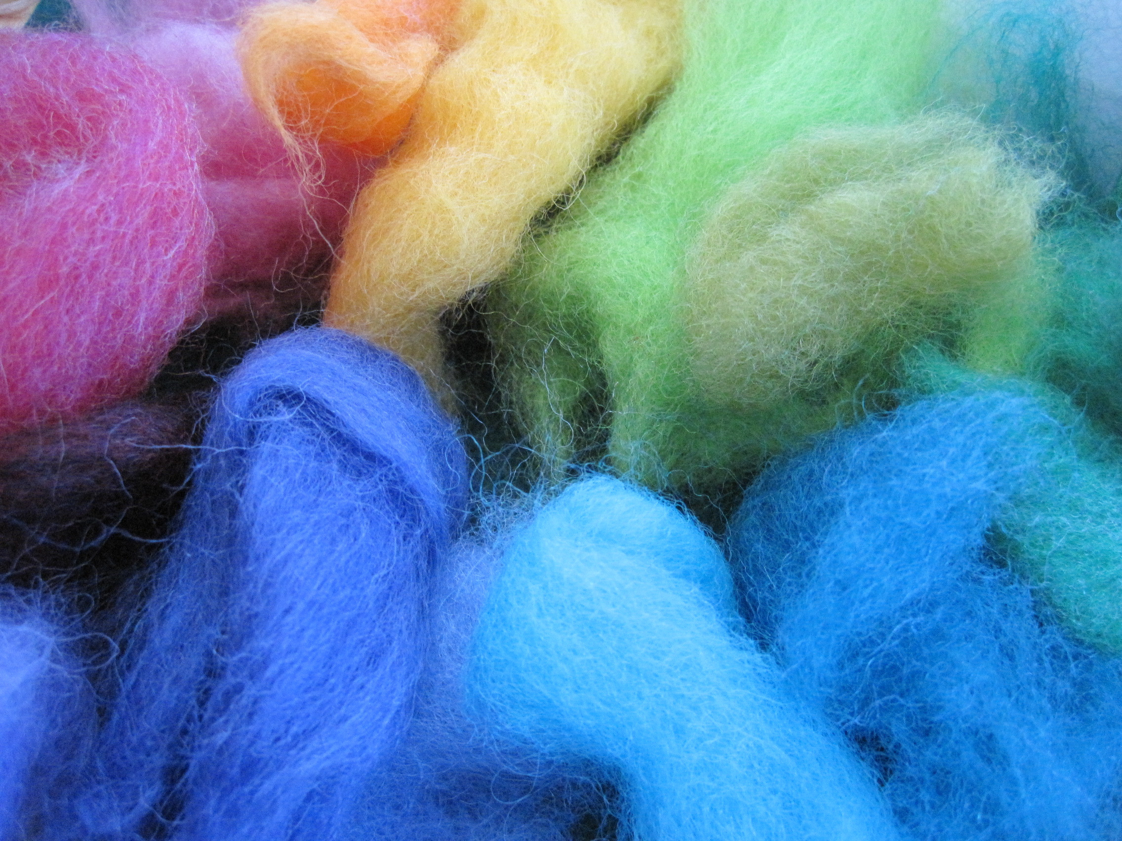 Inspirational Do It Yourself Needle Felting Step by Step Tutorial with Wool Roving Yarn Of Awesome 40 Pictures Wool Roving Yarn
