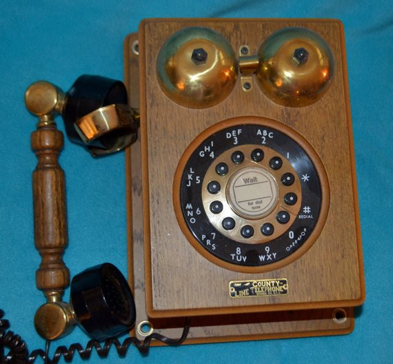 Inspirational Early 80 S touchtone Telephone Looks Like by Old Fashioned Wall Phone Of Charming 47 Models Old Fashioned Wall Phone