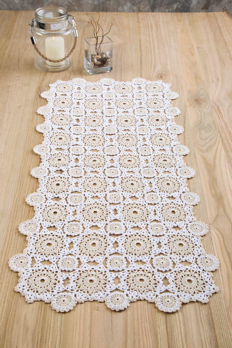Everyday Elegance Table Runner designed by Agnes Russell