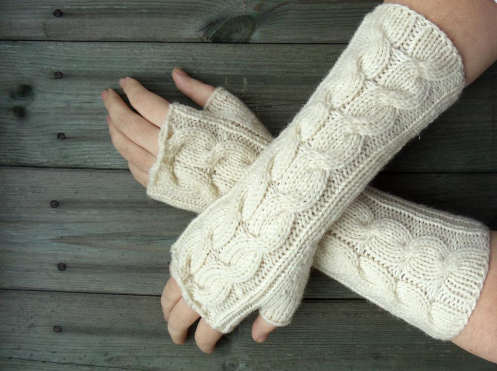 Inspirational Fingerless Gloves Knitting Pattern Knitted Fingerless Mittens Of Luxury 48 Images Knitted Fingerless Mittens