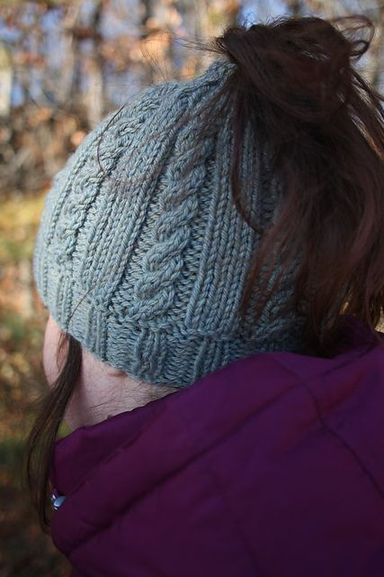 Inspirational Free Knitting Pattern for Riva Messy Bun Hat This Cable Free Knitting Pattern for Ponytail Hat Of Delightful 43 Models Free Knitting Pattern for Ponytail Hat