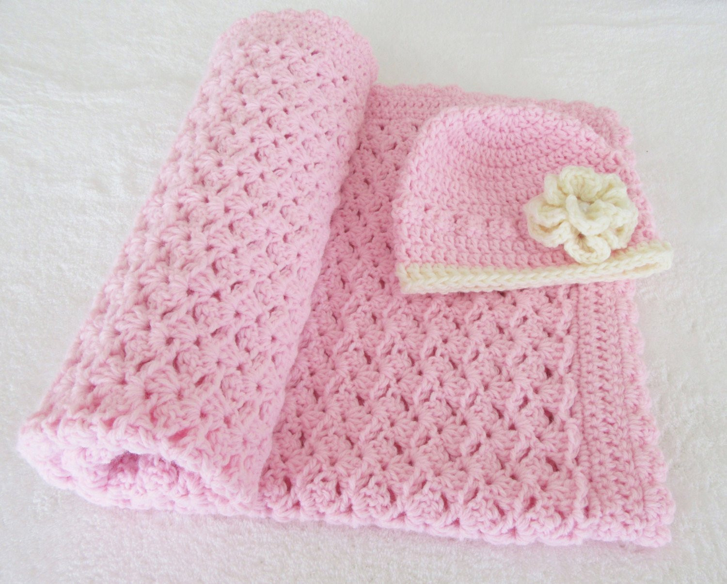 Handmade Crochet Baby Blanket and Hat Set Baby by The fyBaby